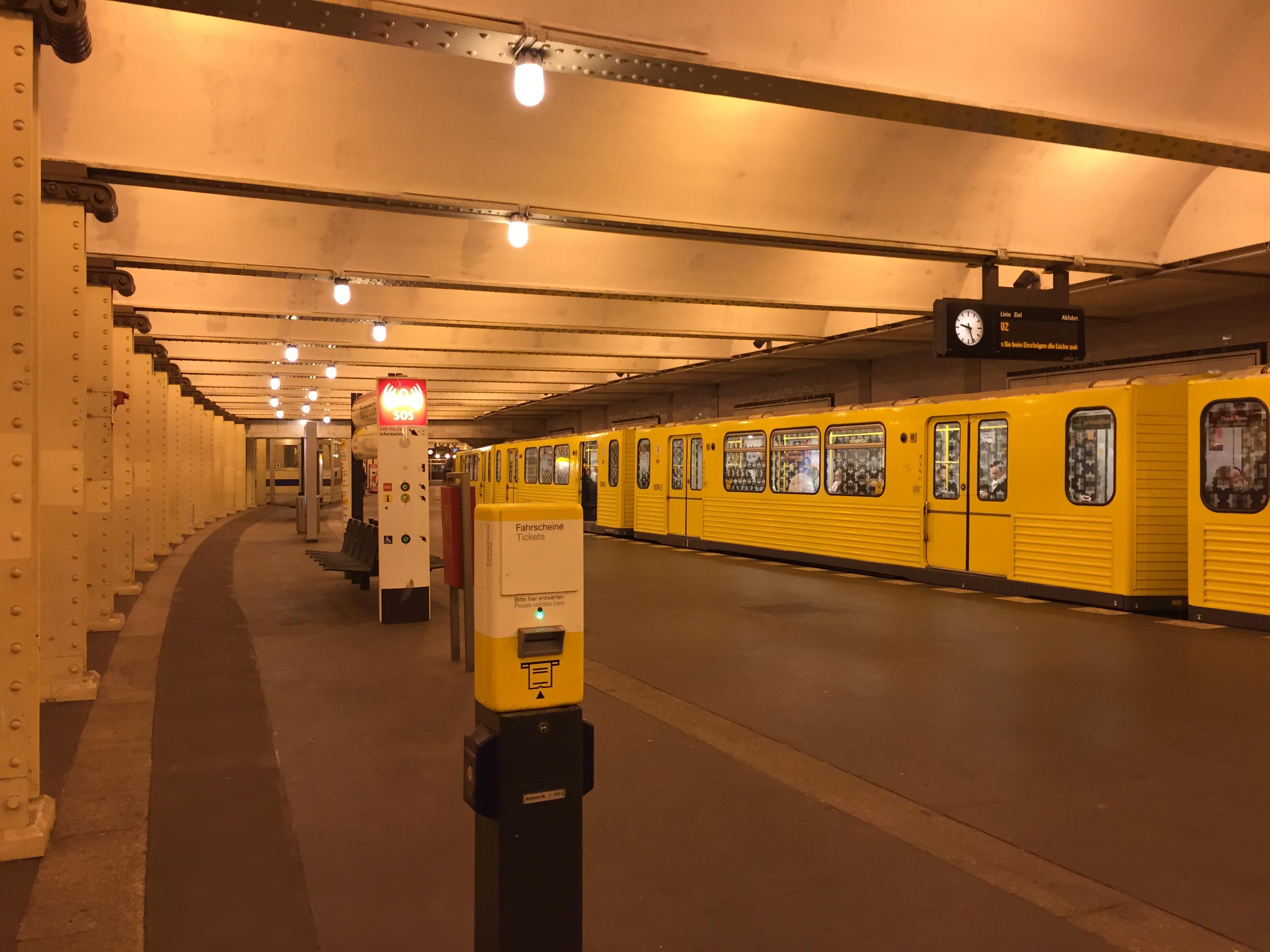 「ベルリン地下鉄 検札員」の画像検索結果